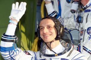 Ένας αστροναύτης στην κυβέρνηση Σάντσεθ – Από το διάστημα στο υπουργικό συμβούλιο [pics]