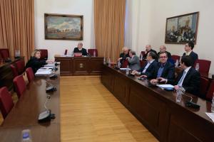 Βουλή – επιτροπή : Ποινική δίωξη κατά επτά ατόμων του ΚΕΕΛΠΝΟ σε βαθμό κακουργήματος
