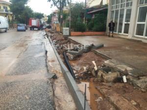 Πλημμύρες στη Μάνδρα – Ο μέχρι στιγμής απολογισμός – Άνοιξαν οι δρόμοι