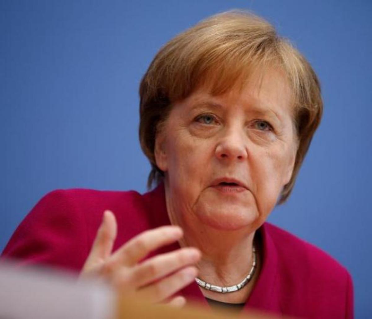"""""""Τριγμοί"""" στην κυβέρνηση της Μέρκελ λόγω του μεταναστευτικού"""