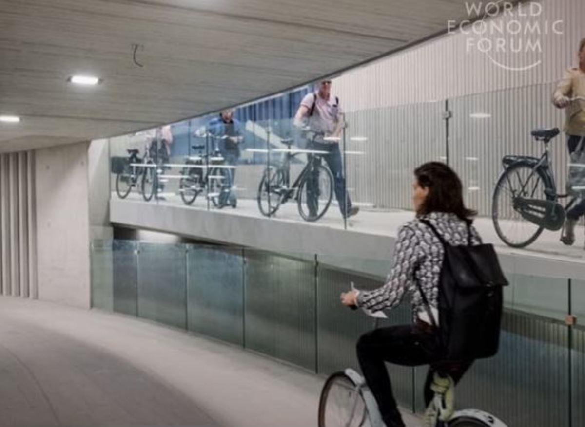 Ολλανδία: Tο μεγαλύτερο υπόγειο πάρκινγκ για ποδήλατα