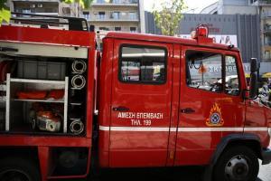 Θεσσαλονίκη: Φωτιά σε μαγαζί με χαλιά στα Διαβατά – Στο νοσοκομείο με εγκαύματα μια γυναίκα