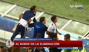 """Μουντιάλ 2018: Εξαγριωμένοι οι οπαδοί της Αργεντινής! Άγριο """"κράξιμο"""" σε Σαμπάολι [vid]"""