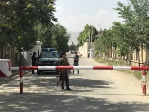 Επίθεση αυτοκτονίας στην είσοδο υπουργείου στην Καμπούλ – 12 νεκροί, 31 τραυματίες
