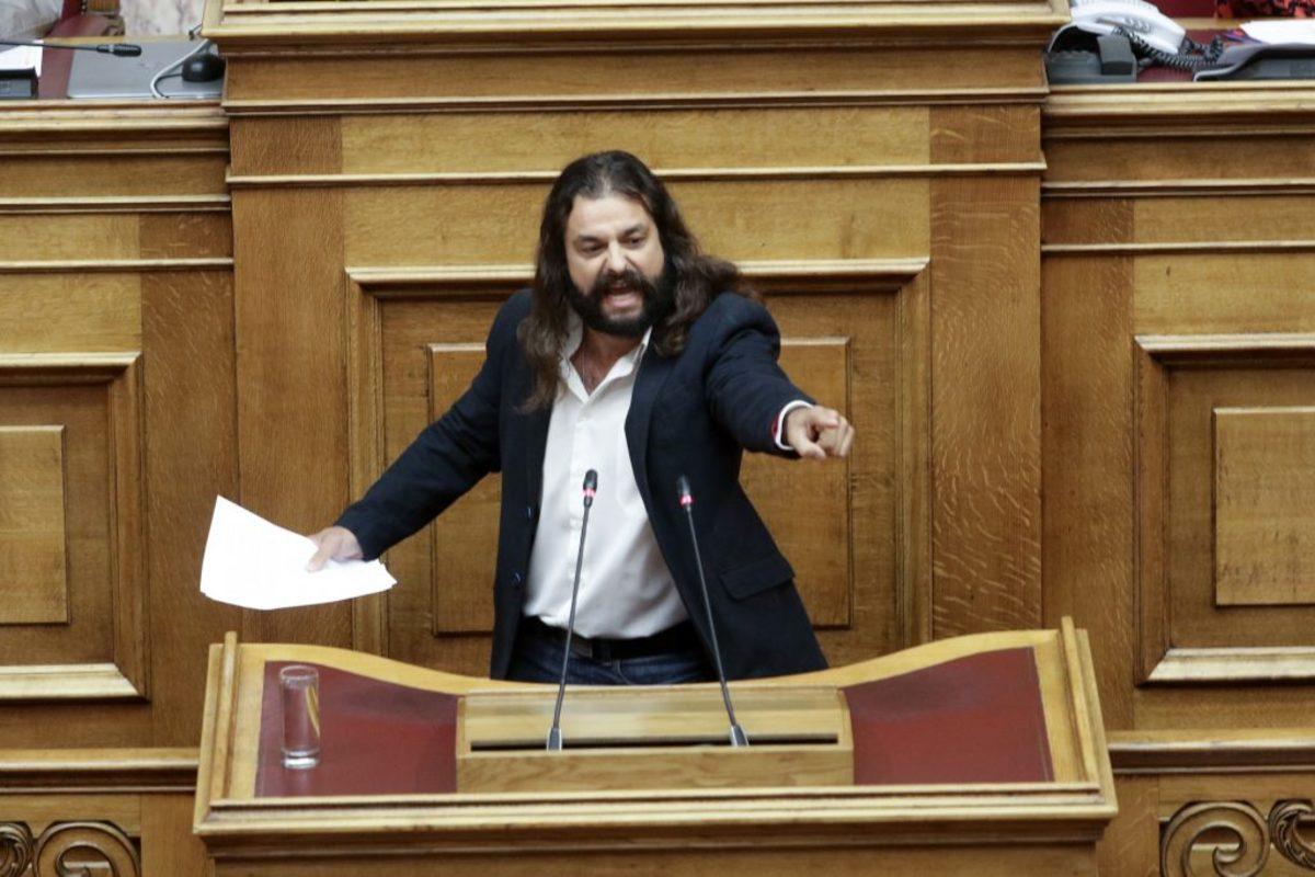 Πρόταση μομφής: Επεισόδιο στη Βουλή με την Χρυσή Αυγή – Παρέμβαση του Προέδρου της Βουλής!