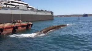"""Στην επιφάνεια ξανά το """"Corfu Island"""" μετά από 32 χρόνια – Ολοκληρώνεται η ανέλκυση"""