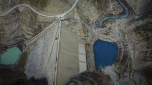 Πολυνομοσχέδιο: Αυτά αλλάζει στην ενέργεια! Λιγνίτες και χρεώσεις προμηθευτών για τις Ανανεώσιμες Πηγές Ενέργειας