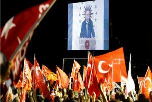 """Τουρκία: """"Τυφώνας"""" Ερντογάν, σάρωσε Ιντζέ… και σία! Πήρε προεδρία, πήρε και Βουλή!"""