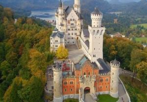 Το κάστρο που αποτέλεσε έμπνευση για το παλάτι της Disney