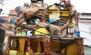Μέσα στις φαβέλες του Ρίο