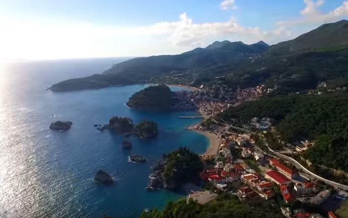 Πάργα: Σκηνικό Καραϊβικής στην Ήπειρο
