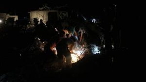 Νέα σφαγή αμάχων στη Συρία – Ματωμένα παιδικά πρόσωπα και θρήνος – Συγκλονιστικές εικόνες