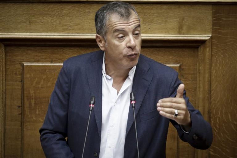 """""""Ναι"""" από το Ποτάμι στην συμφωνία για το Σκοπιανό και στην πρόταση μομφής"""