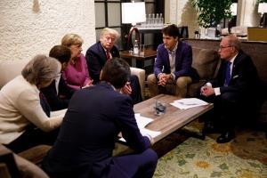 """Φιάσκο! Μέσα από το Air Force One ο Τραμπ """"άδειασε"""" την G7! Χαμός με τον Τριντό"""