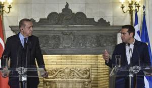 """Τσίπρας για Έλληνες στρατιωτικούς: Ο Ερντογάν δεν ζήτησε ανταλλαγή με τους """"8"""" αλλά το άφησε να εννοηθεί"""