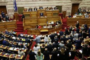 Βουλή Live: Ολοκληρώνεται η συζήτηση για την πρόταση μομφής της ΝΔ κατά της κυβέρνησης