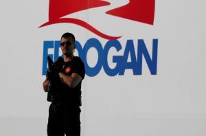 Τρέμουν την Τουρκία οι Άγγλοι! Οδηγίες στους ταξιδιώτες – Καμπανάκι για τρομοκρατικές επιθέσεις!