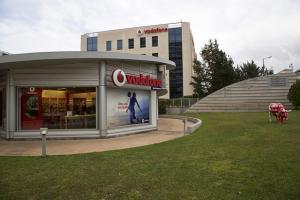 H Vodafone καταλύτης στην ελληνική αγορά τηλεπικοινωνιών