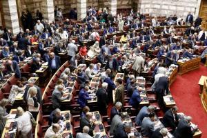 Βουλή Live: Λεπτό προς λεπτό η συζήτηση και η ψηφοφορία για το πολυνομοσχέδιο
