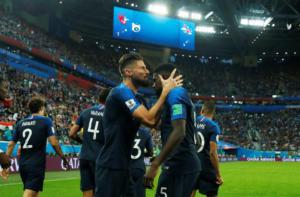 """Μουντιάλ 2018: Γαλλία – Βέλγιο 1-0 ΤΕΛΙΚΟ! Πανάξιοι φιναλίστ οι """"τρικολόρ"""" με Ουμτιτί"""