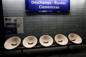 Επόμενος σταθμός, Ντιντιέ Ντεσάν! Αλλάζει το μετρό για τους πρωταθλητές κόσμου [pics]