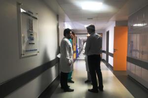 """""""Ευαγγελισμός"""": Οι τραυματίες περιγράφουν στον Κυριάκο Μητσοτάκη τις τραγικές στιγμές στο Μάτι – Σοκάρουν οι καταγγελίες τους [pics]"""