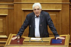 Παρασκευόπουλος για αδελφό Τσίπρα: Συκοφαντεί η ΝΔ – Η ρύθμιση αφορά εκατοντάδες χιλιάδες υποθέσεις