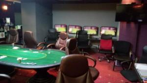Αττική: Το κατάστημα έκρυβε… τυχερά παιχνίδια και κάμερες