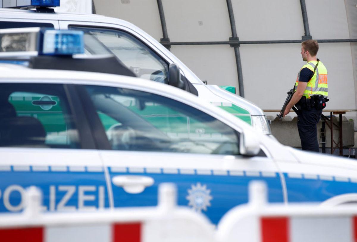 Γερμανία: Τρόμος σε λεωφορείο! Άνδρας μαχαίρωσε επιβάτες – Πολλοί τραυματίες!