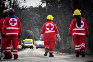 Στα καμένα ο υπουργός Υγείας – Υπάρχουν ακόμα δεκάδες τραυματίες στα νοσοκομεία
