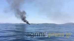 Στις φλόγες ιστιοφόρο μεταξύ Μεγανησίου και Λευκάδας [pics]