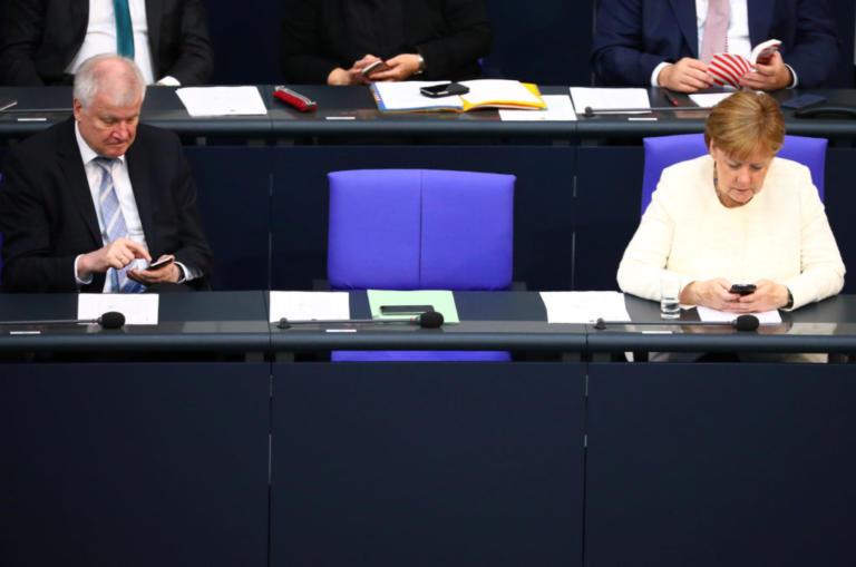 Άνγκελα Μέρκελ: Καγκελάριος με πήλινα πόδια μετά τη συμφωνία με Ζεεχόφερ