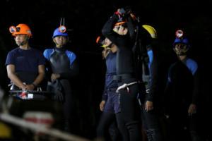 """Ταϊλάνδη: """"Μάχη"""" με τον χρόνο για τη διάσωση των παιδιών – Βελγικά ΜΜΕ: Απόψε αρχίζει η επιχείρηση απεγκλωβισμού τους"""