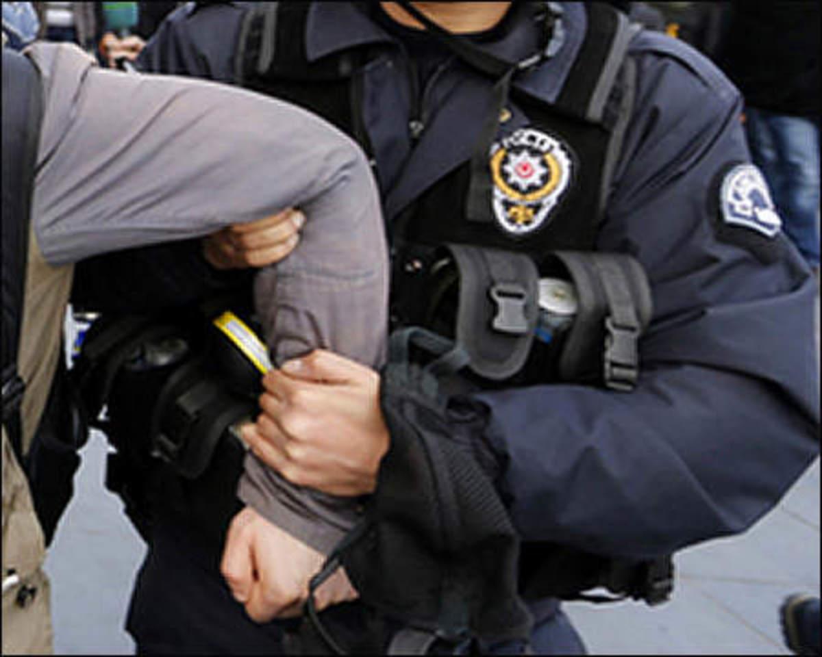 """Απλώνει παντού τα """"πλοκάμια"""" της η MIT - Δύο συλλήψεις εκτός Τουρκίας με την κατηγορία... του """"Γκιουλενισμού"""""""