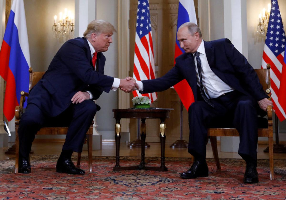 """Καρότο… μαστίγιο! Μετά το """"όχι"""", ο Τραμπ καλεί τον Πούτιν στην Ουάσινγκτον"""