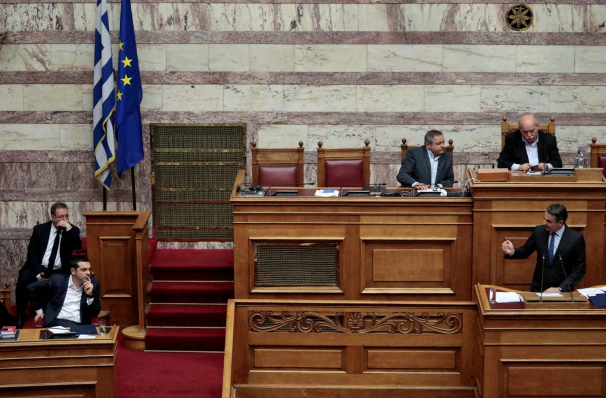"""Με """"άρωμα"""" εκλογών η προ ημερησίας στη Βουλή για την οικονομία"""