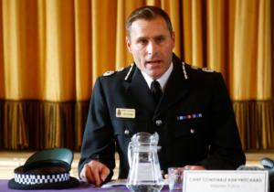 """Αγγλία: Το ζευγάρι που δηλητηριάστηκε με Νόβιτσοκ είχε αγγίξει ένα """"μολυσμένο αντικείμενο""""!"""