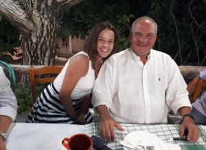Λευκάδα: Χαλαροί και μαυρισμένοι στις διακοπές ο Κώστας Καραμανλής και η Νατάσα Παζαΐτη [pics]