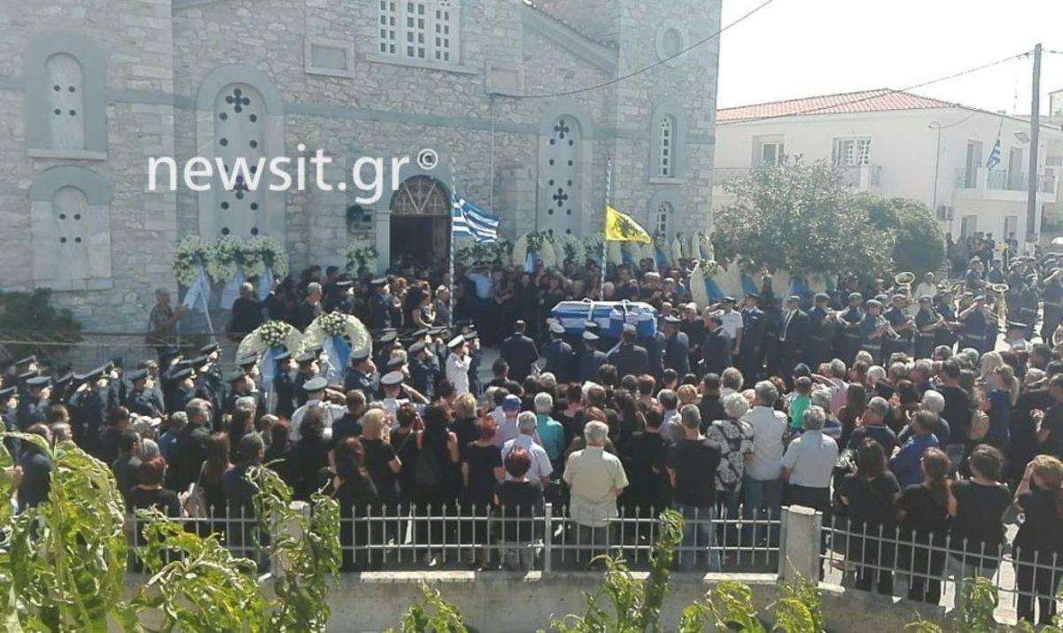 Εύβοια: Η κηδεία του Επισμηναγού Νικόλαου Βασιλείου – Ραγίζει καρδιές η γυναίκα του [pics]