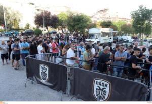 """ΠΑΟΚ: """"Τρέλα"""" για ένα εισιτήριο με τη Σπαρτάκ! Μεγάλες ουρές έξω από την Τούμπα (pics)"""