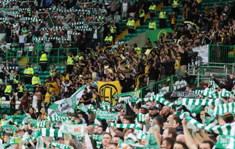Απίστευτη κίνηση φίλου της ΑΕΚ στη Σκωτία! Αποθεώθηκε από όλο το γήπεδο – video
