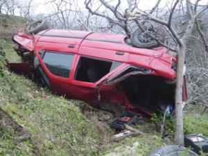 Πήλιο: Φοβερό τροχαίο στην Τσαγκαράδα – Η επιλογή του οδηγού για να αποφύγει τα χειρότερα!