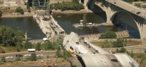 Οι πιο φονικές καταρρεύσεις γεφυρών τα τελευταία 20 χρόνια – video
