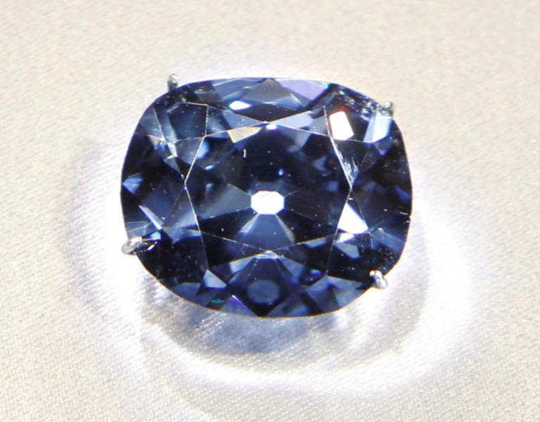 Πουλήθηκε διαμάντι – κολοσσός 179 καρατίων!