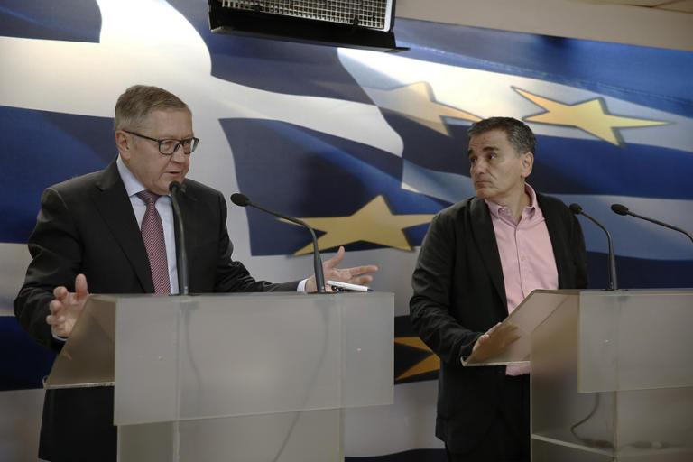 """15 """"ζεστά"""" δισεκατομμύρια μπαίνουν στα ελληνικά ταμεία!"""