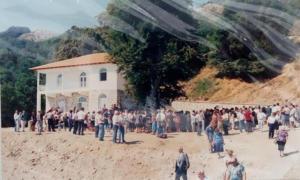"""Το """"καταφύγιο"""" των Σανταίων στις πλαγιές του Βερμίου υπό τη σκέπη Της Παναγίας Σουμελά [pics]"""