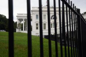 """Συναγερμός στον Λευκό Οίκο λόγω """"ύποπτου οχήματος"""""""