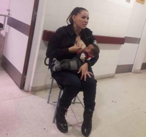 Προαγωγή στην αστυνομικό που θήλασε εγκαταλελειμένο μωράκι!