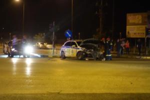 Ιωάννινα: Αυτοκίνητο συγκρούστηκε με περιπολικό – Δύο τραυματίες – video