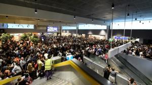 Φρανκφούρτη: Μια οικογένεια… Γάλλων έκανε άνω – κάτω το αεροδρόμιο!
